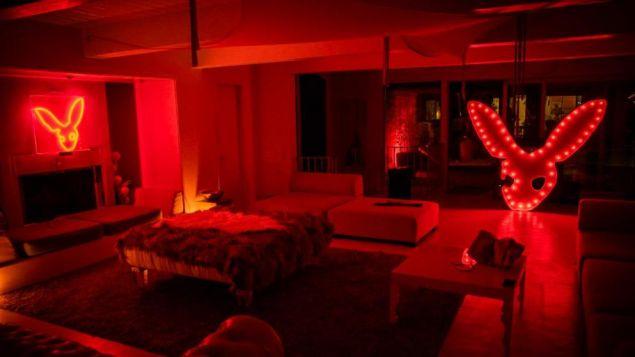 Τα πάρτι των οργίων φιλοξενούνται σε βίλες του Λος Άντζελες (Φωτογραφία: Kinky Rabbit Club)