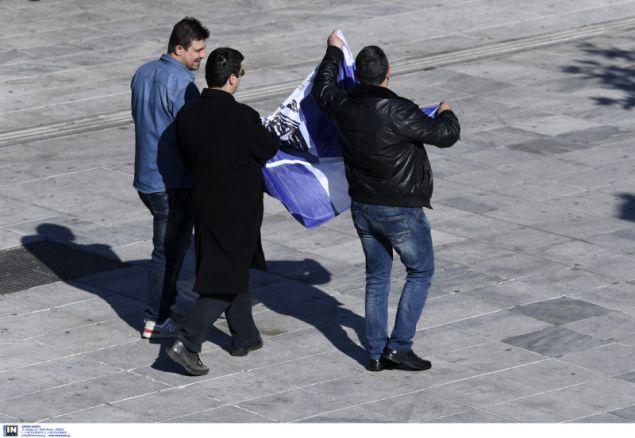 Η Αστυνομία απομάκρυνε πολίτη από το σημείο
