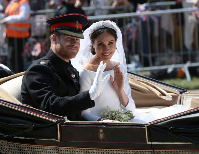 Το βασιλικό ζευγάρι παντρεύτηκε στο κτήμα Γουίνσδορ, στο οποίο βρίσκεται το νέο τους σπίτι
