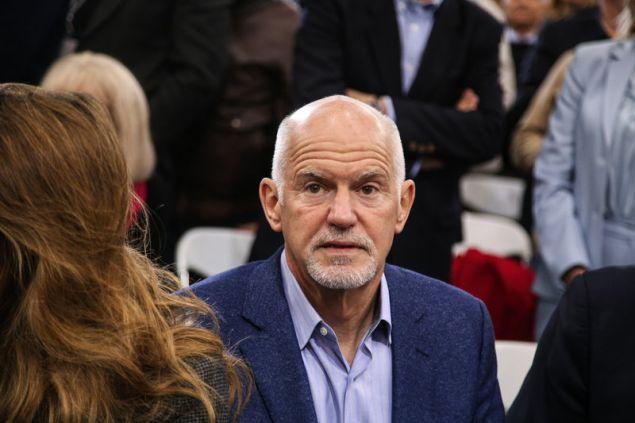 Ο Γιώργος Παπανδρέου στο συνέδριο του ΚΙΝΑΛ