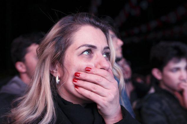 Υποστηρήκτρια του κόμματος της αντιπολίτευσης στην Αγκυρα (AP Photo/Burhan Ozbilici)