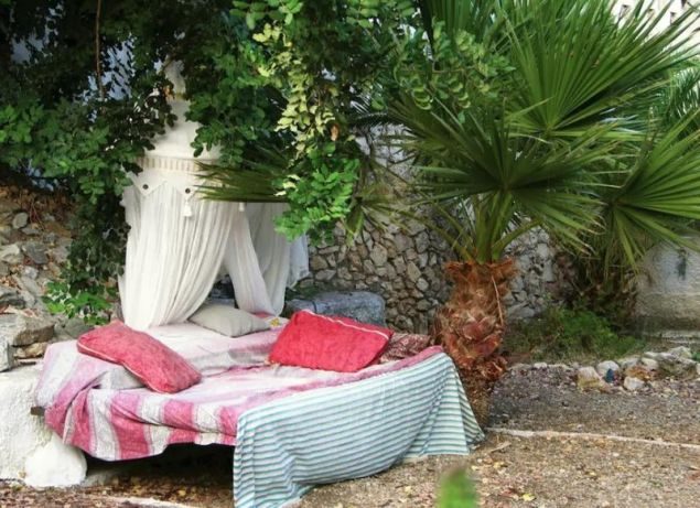 Το «Καλοκαιρινό κρεβάτι κάτω από τ' αστέρια» της Κρήτης / Πηγή: airbnb.com