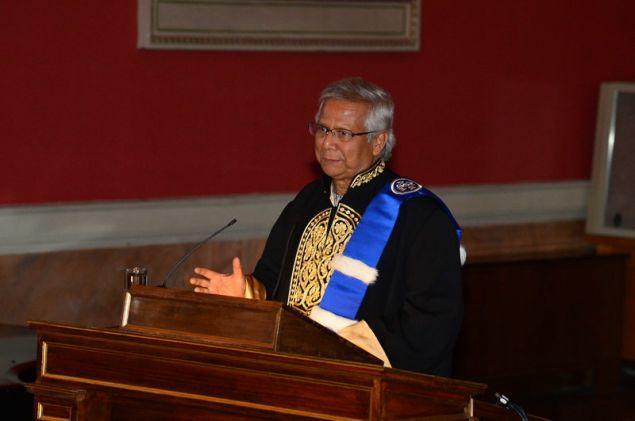 Επίτιμος Διδάκτωρ του Τμήματος Οικονομικών Επιστημών της Σχολής Οικονομικών και Πολιτικών Επιστημών του ΕΚΠΑ αναγορεύθηκε χθες ο νομπελίστας Καθηγητής κ. Muhammad Yunus.