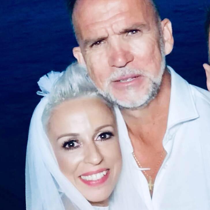 Πάνος Μεταξόπουλος Αγγελική Φατούρου γάμος στο Αγκίστρι