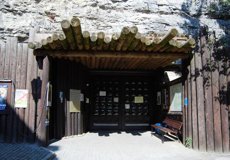 H είσοδος του Αtomkeller Museum στο Χάιγκερλοχ της νοτιοδυτικής Γερμανίας, όπου βρισκόταν το μυστικό πυρηνικό εργαστήριο του Βέρνερ Χάιζενμπεργκ και της ομάδας του.